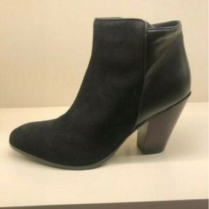 NWT Barneys Suede Leather Boot sz 9.5